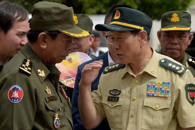 Trung Quoc hua vien tro quan su 100 trieu USD cho Campuchia hinh anh