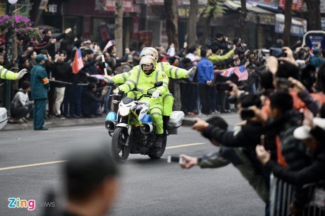 Doan xe ong Kim Jong Un ve toi khach san Melia hinh anh 29