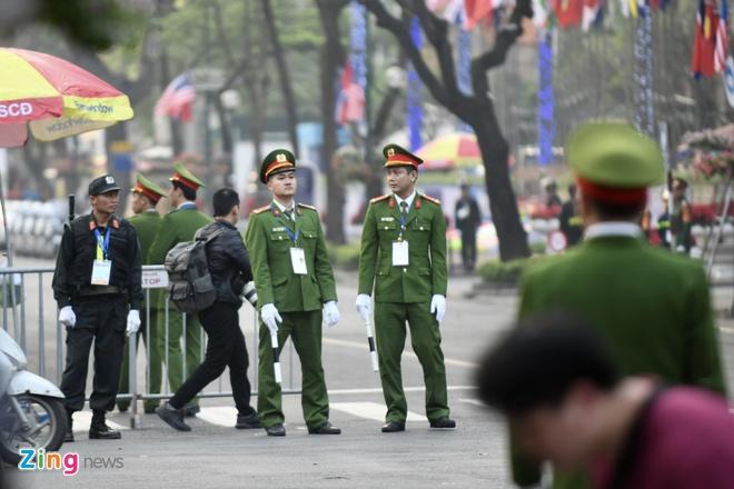 Chu tich Kim: 'Quyet dinh chinh tri day dung cam cua ong Trump' hinh anh 19