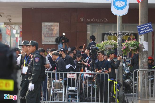 Chu tich Kim: 'Quyet dinh chinh tri day dung cam cua ong Trump' hinh anh 4