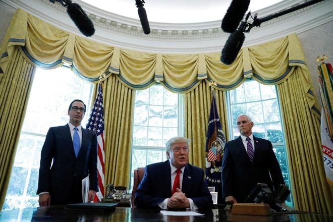 TT Trump giang lenh trung phat nham vao lanh dao toi cao cua Iran hinh anh 1