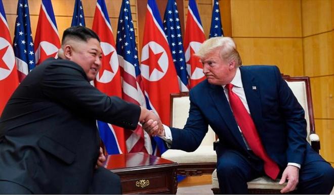 Tong thong Trump den DMZ anh 7