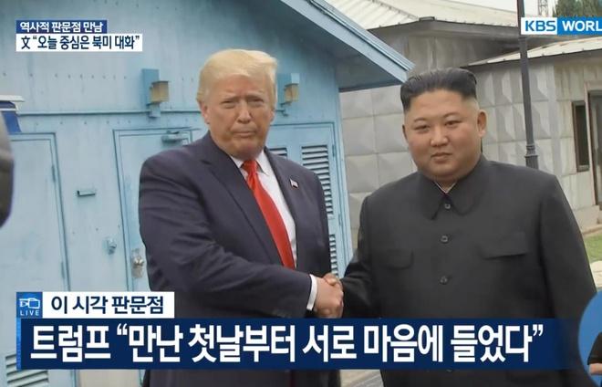 Tong thong Trump den DMZ anh 18