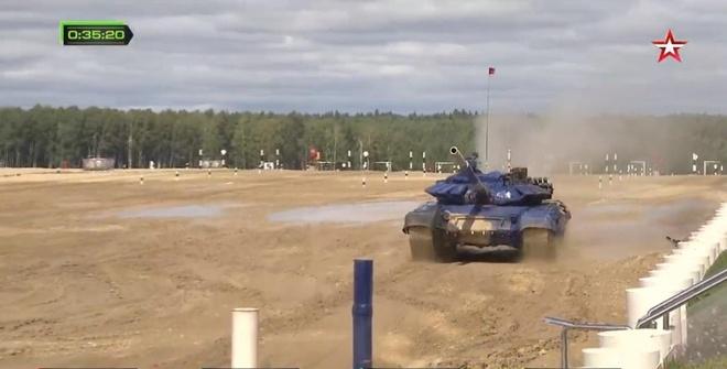 Doi xe tang Viet Nam xuat sac gianh huy chuong bac tai Tank Biathlon hinh anh 10