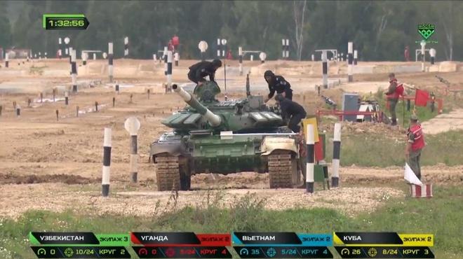 Doi xe tang Viet Nam xuat sac gianh huy chuong bac tai Tank Biathlon hinh anh 17