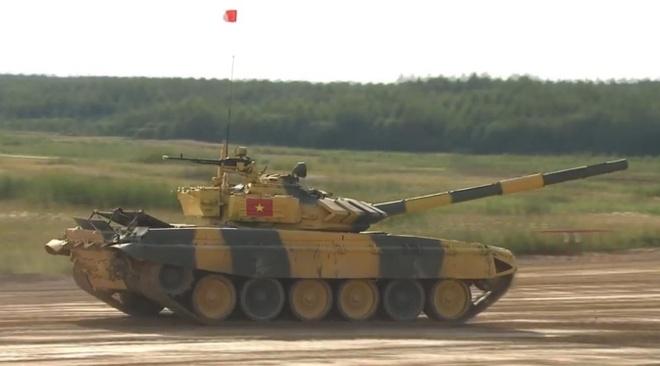 Doi xe tang Viet Nam xuat sac gianh huy chuong bac tai Tank Biathlon hinh anh 1