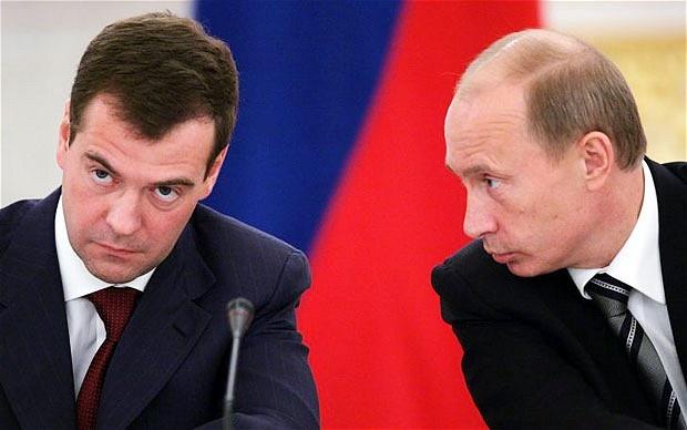 Thu tuong Nga Dmitry Medvedev tu chuc hinh anh 1 putin_medvedev.jpg