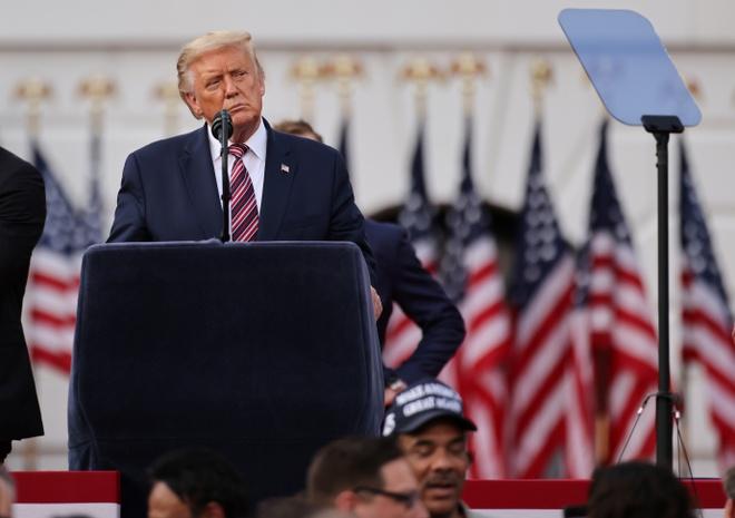 Trump nhan de cu anh 1