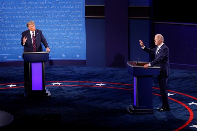 Trump - Biden buoc vao buoi 'so gang' dau tien anh 20