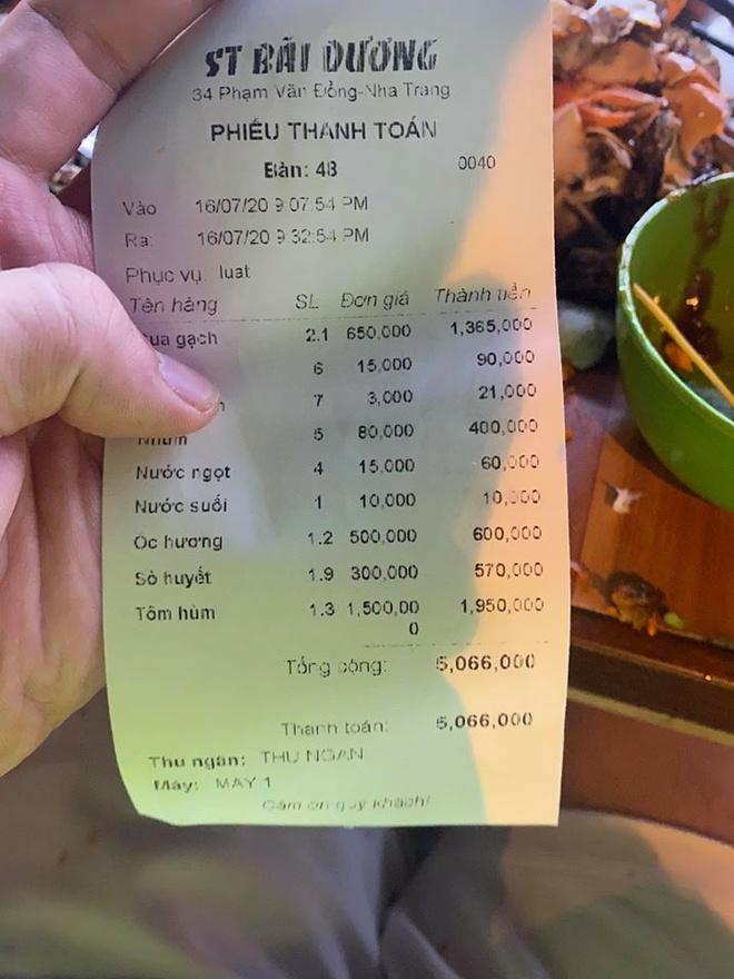 Bữa ăn giá 5 triệu đồng được đánh giá không ngon. Ảnh: Vũ Dino.