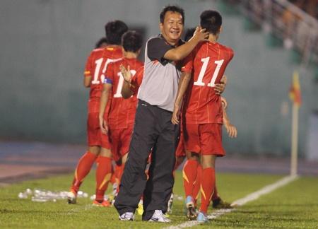 U23 Viet Nam thang dam doi tung gianh ngoi a quan C3 hinh anh