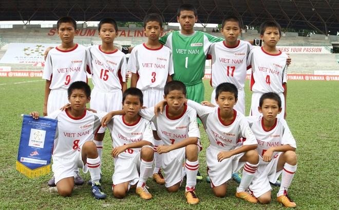 6 doi du giai U13 Yamaha Asean Cup hinh anh