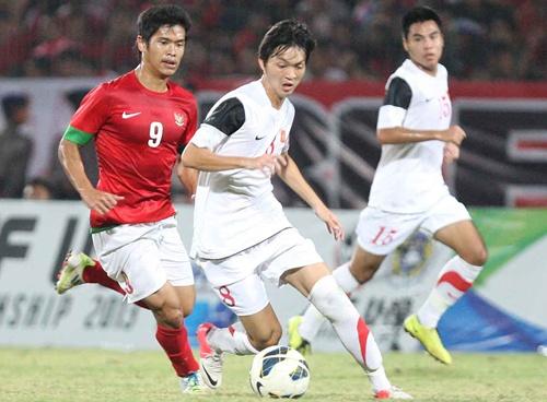 Doi truong U19 VN tung lo co hoi choi bong o chau Au hinh anh