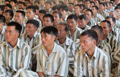 Ngay Ve Cua Hon 400 Pham Nhan Tai Trai Giam Quyet Tien Hinh Anh 2