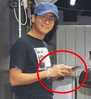Tai tu TVB chia tay ban gai a hau sau be boi ngoai tinh? hinh anh 1