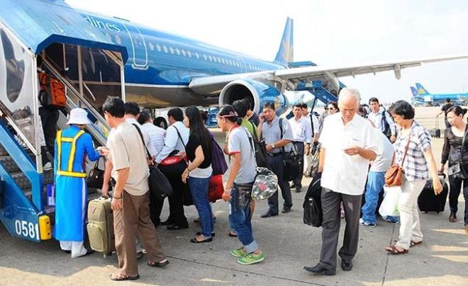 Vung thong bao bay (FIR) Ho Chi Minh mat quyen dieu hanh bay hinh anh