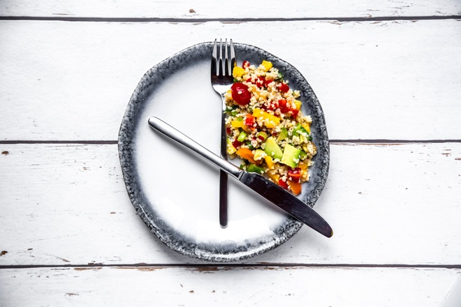 intermittent fasting giam can anh 1