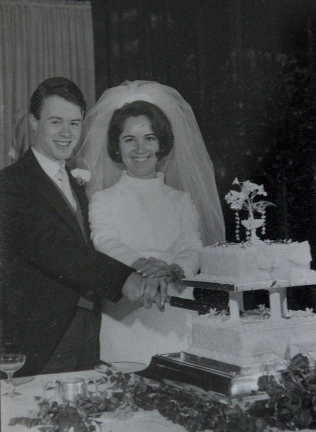 Su song ky dieu giua trai tap trung tu than thoi Duc Quoc xa hinh anh 2 Đám cưới giữa bà Anka và người chồng Bernd diễn ra năm 1940. Ảnh: Daily Mail