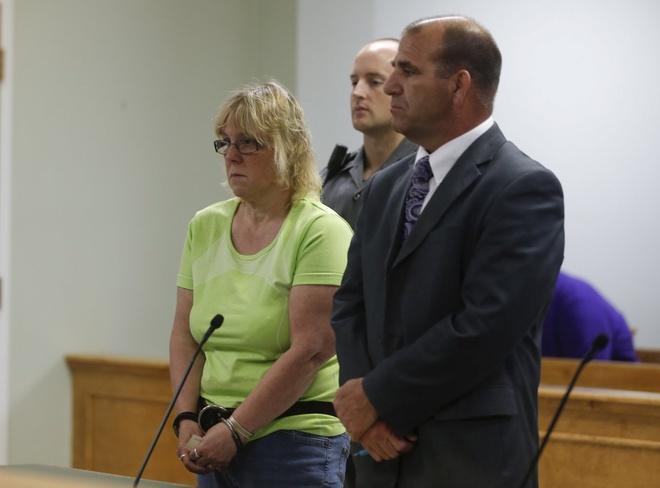 Toan canh 'con ac mong' vuot nguc gay chan dong nuoc My hinh anh 7 Ngày 16/6: Mitchell khẳng định cô vô tội tại phiên tòa. Ảnh: Reuters