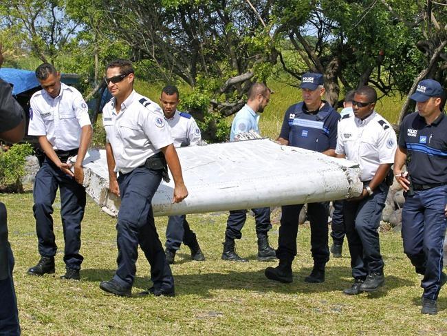 Cac manh moi cung co kha nang vat the moi tim thay cua MH370 hinh anh