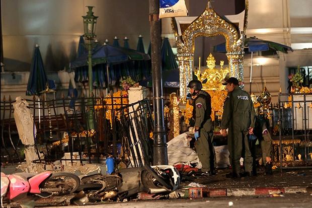 Nhung gia thuyet ve thu pham danh bom Bangkok hinh anh