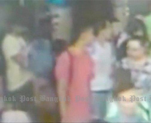 Video cac nghi pham dung gan noi no bom o Bangkok hinh anh