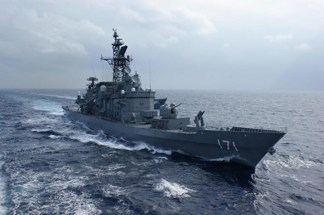 Nhat Ban toan tinh gi khi muon dua tau vao Cam Ranh? hinh anh 2 Tàu chiến của Lực lượng phòng vệ Biển Nhật Bản. Ảnh: Nikkei