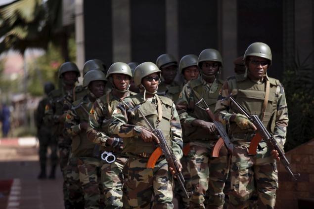 Mali bat hai nghi pham vu tan cong khach san dam mau hinh anh
