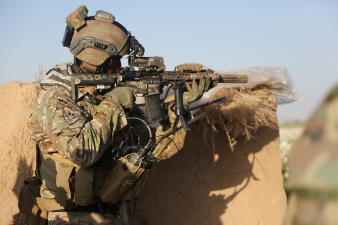 Iraq len an viec My cu luc luong dac nhiem chong IS hinh anh