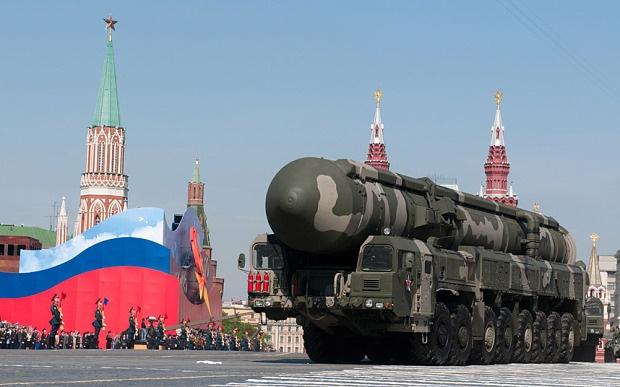 NATO tang hien dien quan su, Nga de phong bang hat nhan hinh anh
