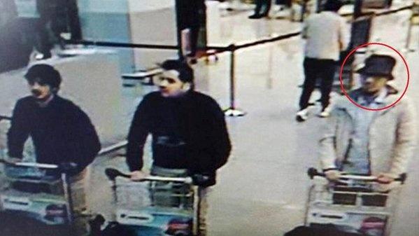 Bi lan dau cong bo video nghi pham danh bom Brussels hinh anh