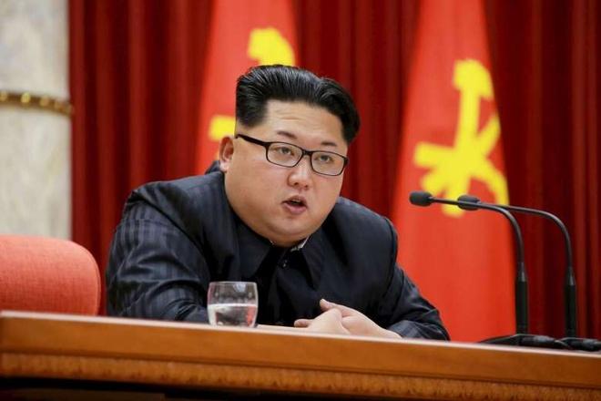 Bao Trieu Tien ca ngoi Kim Jong Un la 'mat troi vi dai' hinh anh 1