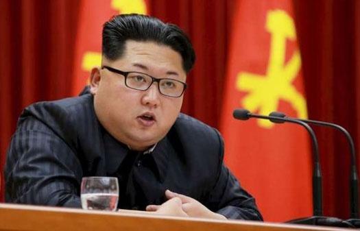 Bao Trieu Tien ca ngoi Kim Jong Un la 'mat troi vi dai' hinh anh