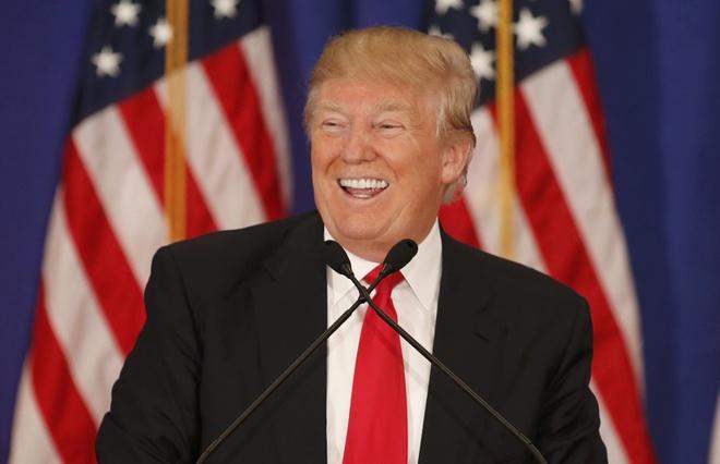 Donald Trump dat du phieu bau de la ung vien tong thong hinh anh
