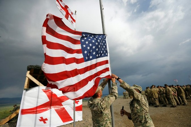Nga, hiem hoa IS va Brexit phu bong hoi nghi NATO hinh anh