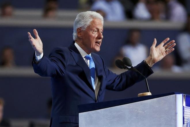 Ong Bill Clinton ke chuyen ba lan cau hon ba Hillary hinh anh 1