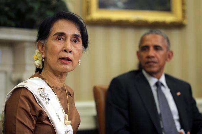 Aung San Suu Kyi toi tham, Obama hua go bo cam van hinh anh