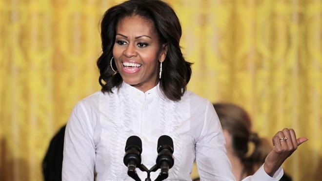 Co giao bi duoi viec vi noi ba Obama nhu 'khi dot' hinh anh