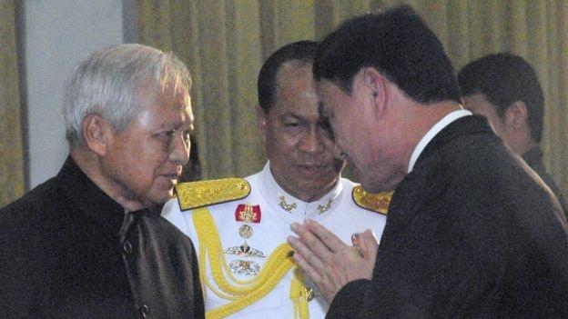 Ong Thaksin va cuoc doi dau that bai voi tuong Prem hinh anh 1