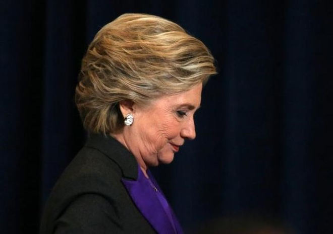 Ba Clinton cao buoc FBI gay ra tham bai truoc Donald Trump hinh anh 1