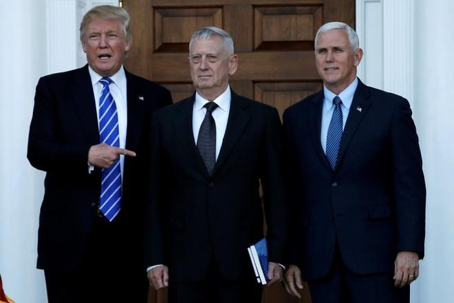 Trump tuyen quan chuc: Kich tinh nhu truyen hinh thuc te hinh anh 1