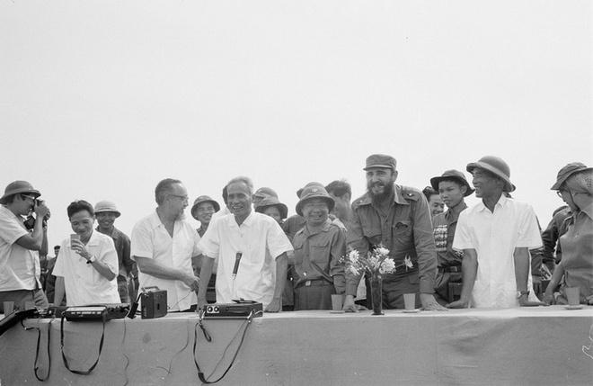 Lanh tu Cuba Fidel Castro va tinh cam sau nang voi Viet Nam hinh anh 2