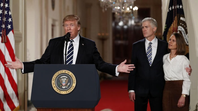 Trump de cu tham phan toa an toi cao anh 1