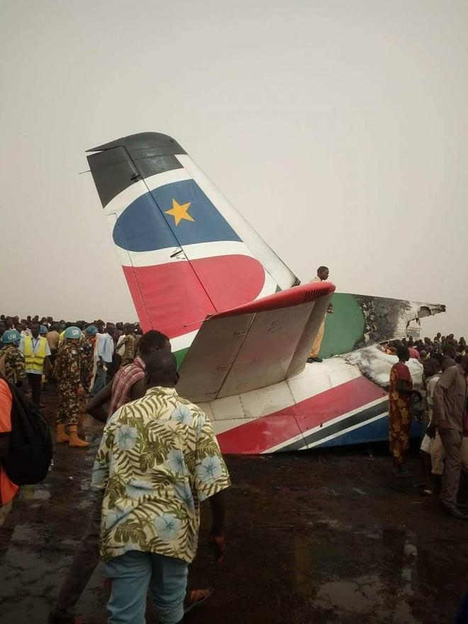 May bay cho 44 nguoi vo doi sau khi roi o Nam Sudan hinh anh 2