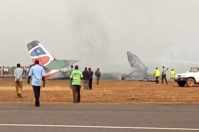 May bay cho 44 nguoi vo doi sau khi roi o Nam Sudan hinh anh 1