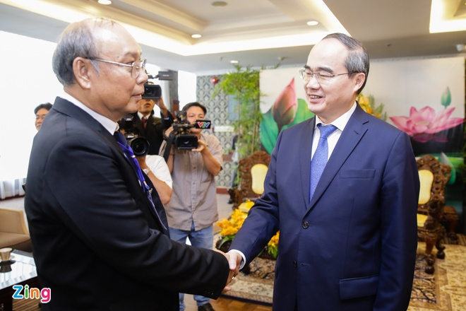 Bi thu Nhan quang ba giao duc VN voi Chu tich Quoc hoi Myanmar hinh anh 1