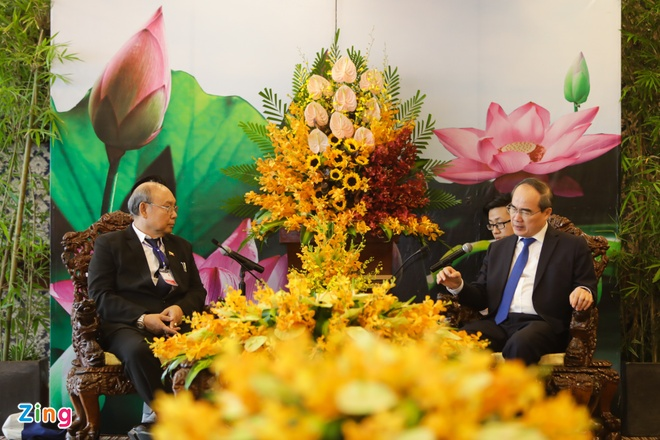 Bi thu Nhan quang ba giao duc VN voi Chu tich Quoc hoi Myanmar hinh anh 3