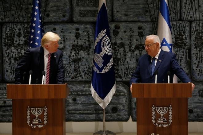 TT Trump: Iran vinh vien khong duoc co vu khi hat nhan hinh anh 1