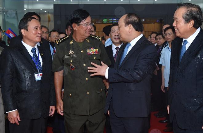Quan he tot dep VN - Campuchia mai nhu dong Mekong noi 2 nuoc hinh anh