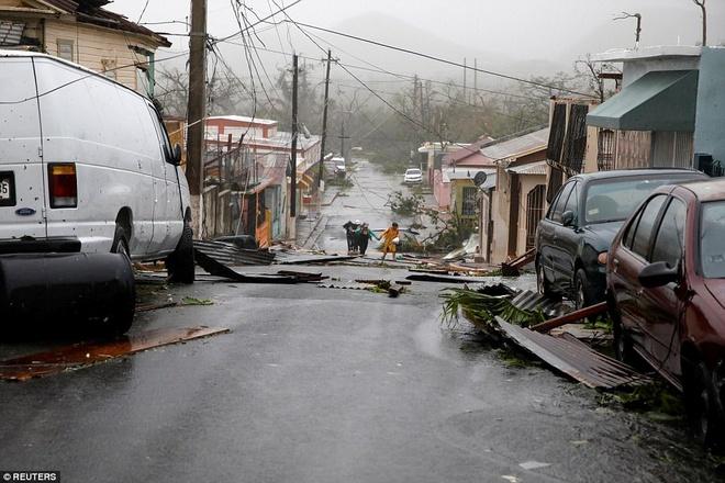 Toan dao Puerto Rico chim trong bong toi vi sieu bao Maria hinh anh 1